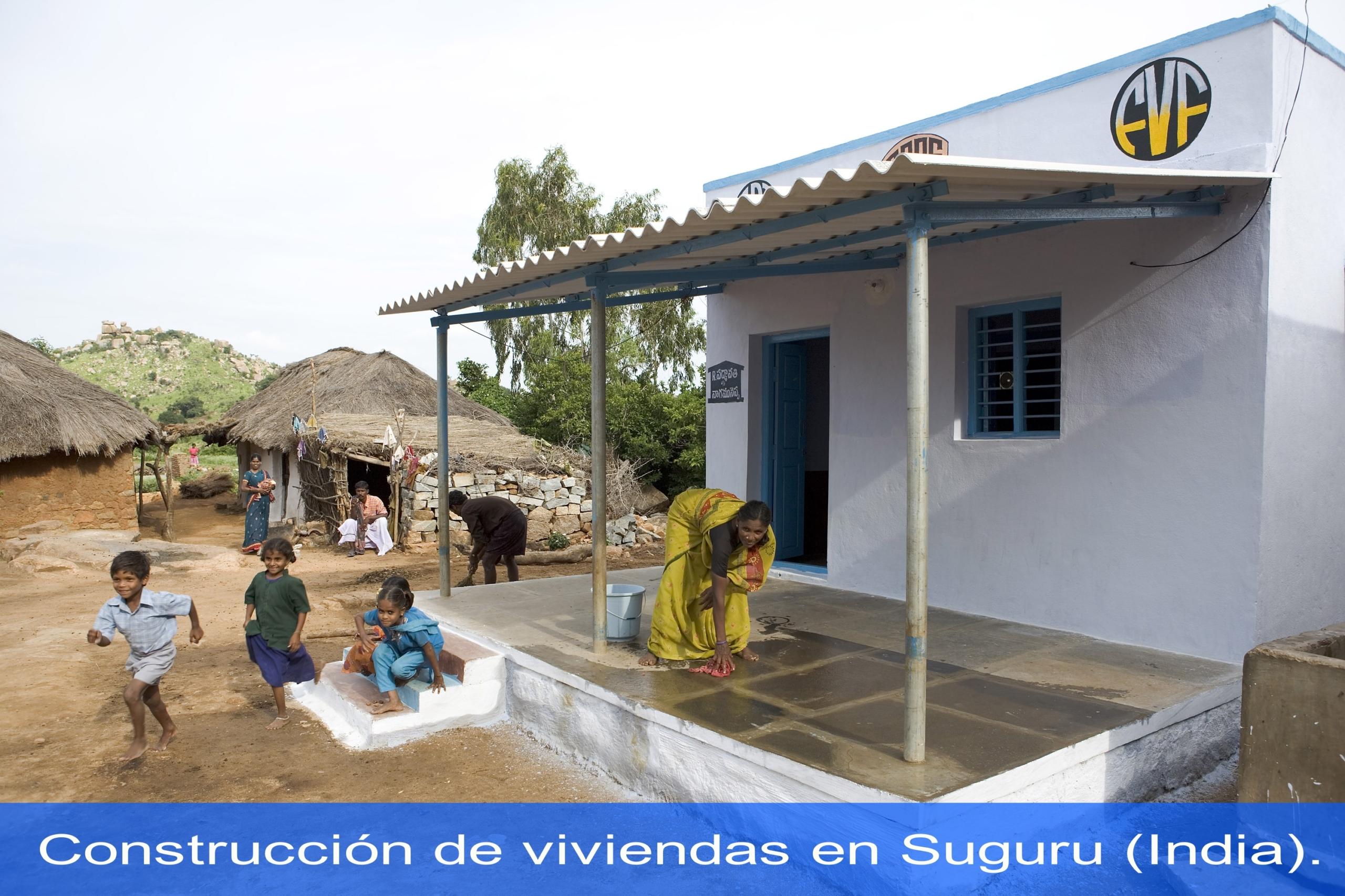 Construcción de viviendas en Suguru